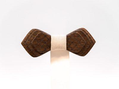 Jr. SÖÖR Denis neckwear. A unique wooden bowtie
